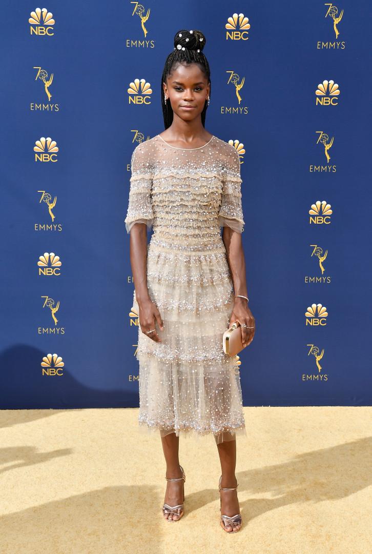 Do chique ao inusitado; confira os looks do Emmy Awards