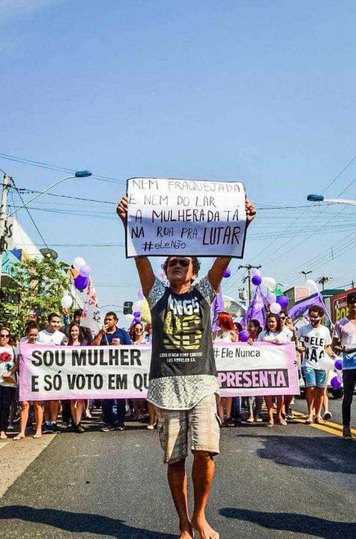 Atos contra Bolsonaro acontecem em todo o Brasil; veja fotos