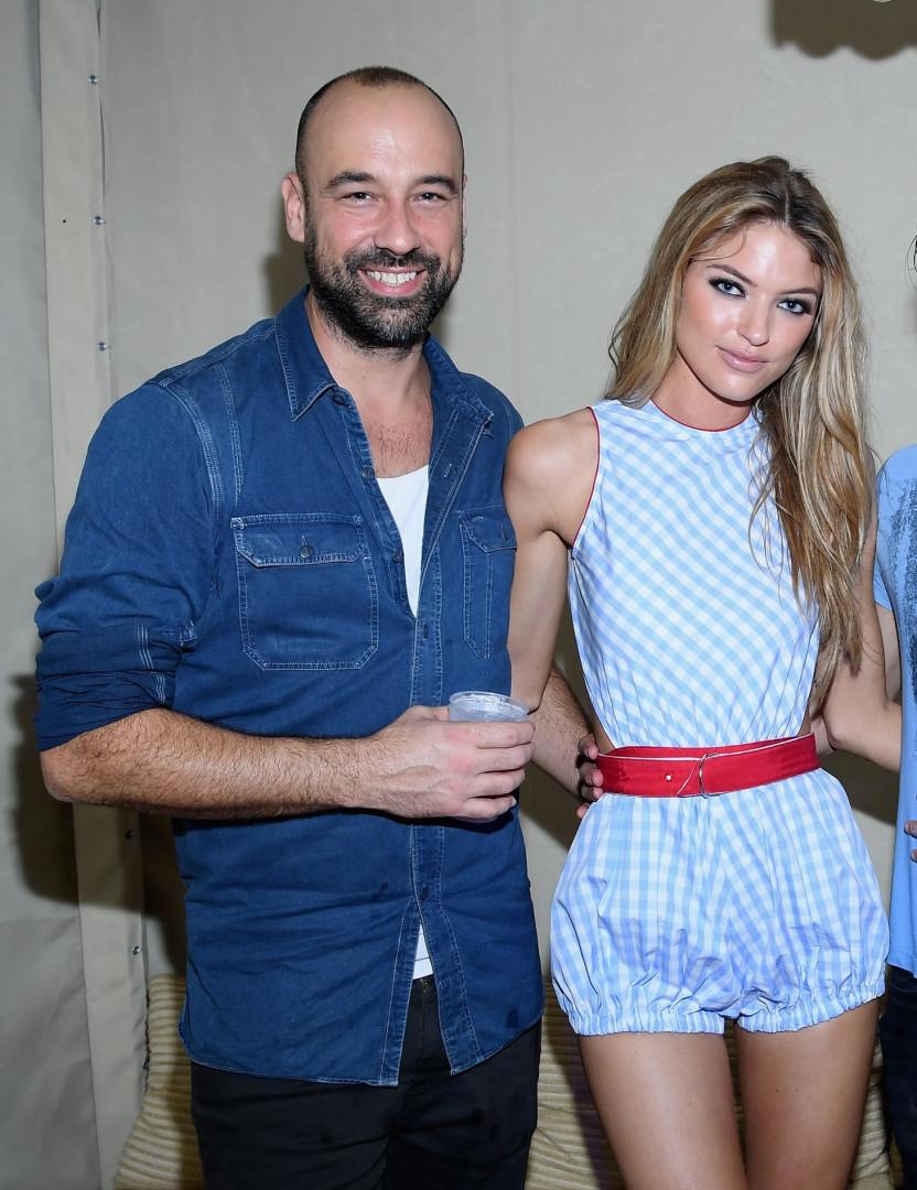 Conheça os namorados e maridos das modelos da Victoria's Secret!
