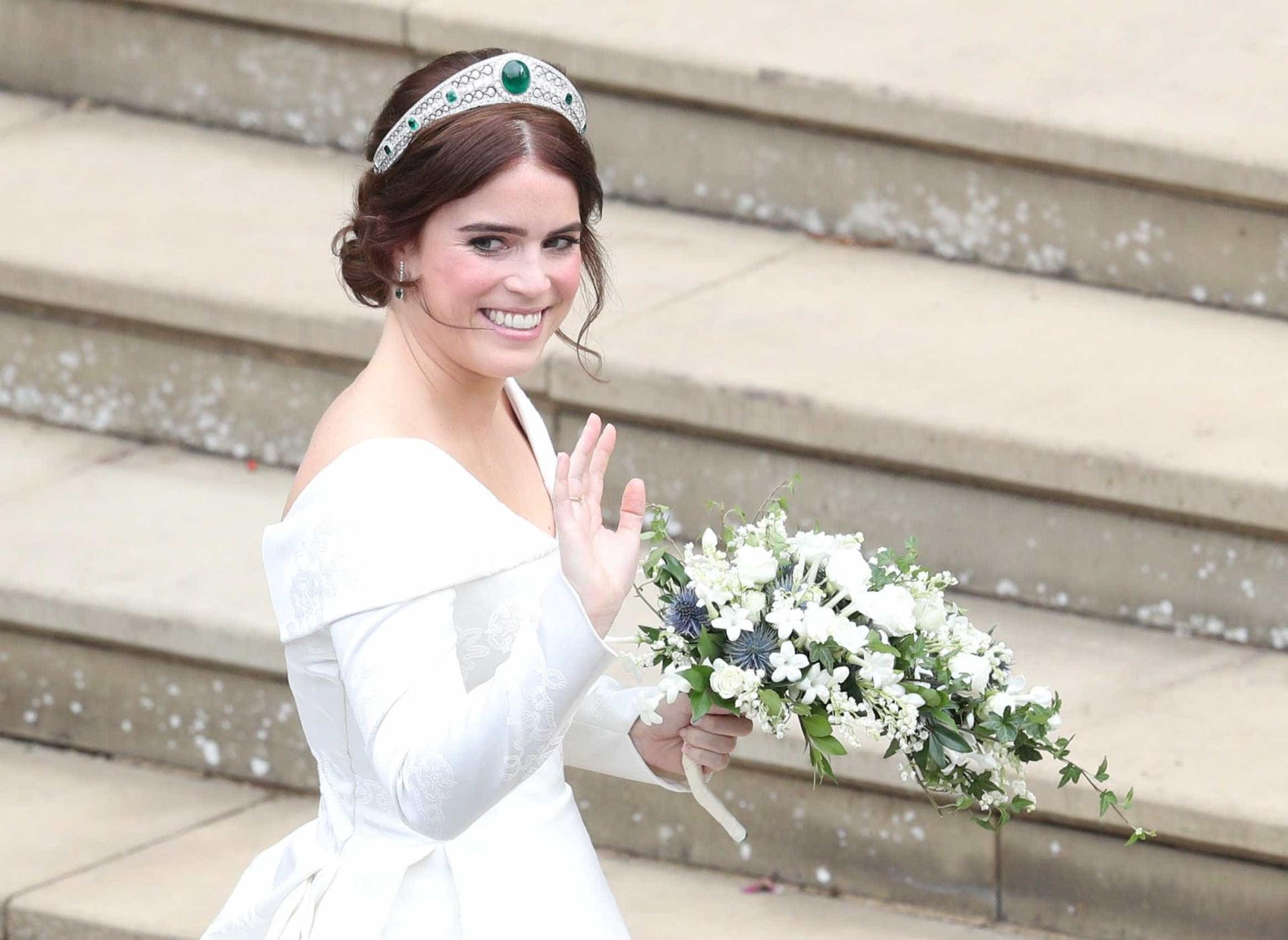 Princesa Eugenie e Jack Brooksbank se casam em Windsor; veja fotos