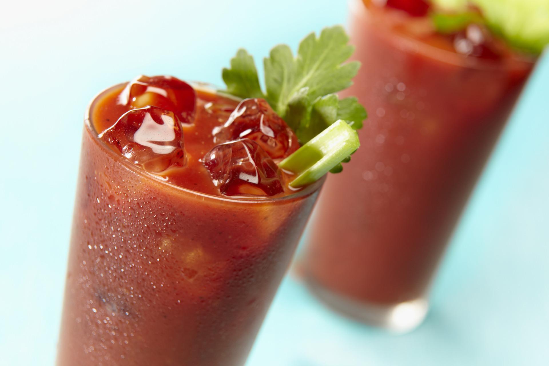 28 fatos surpreendentes sobre comidas de avião