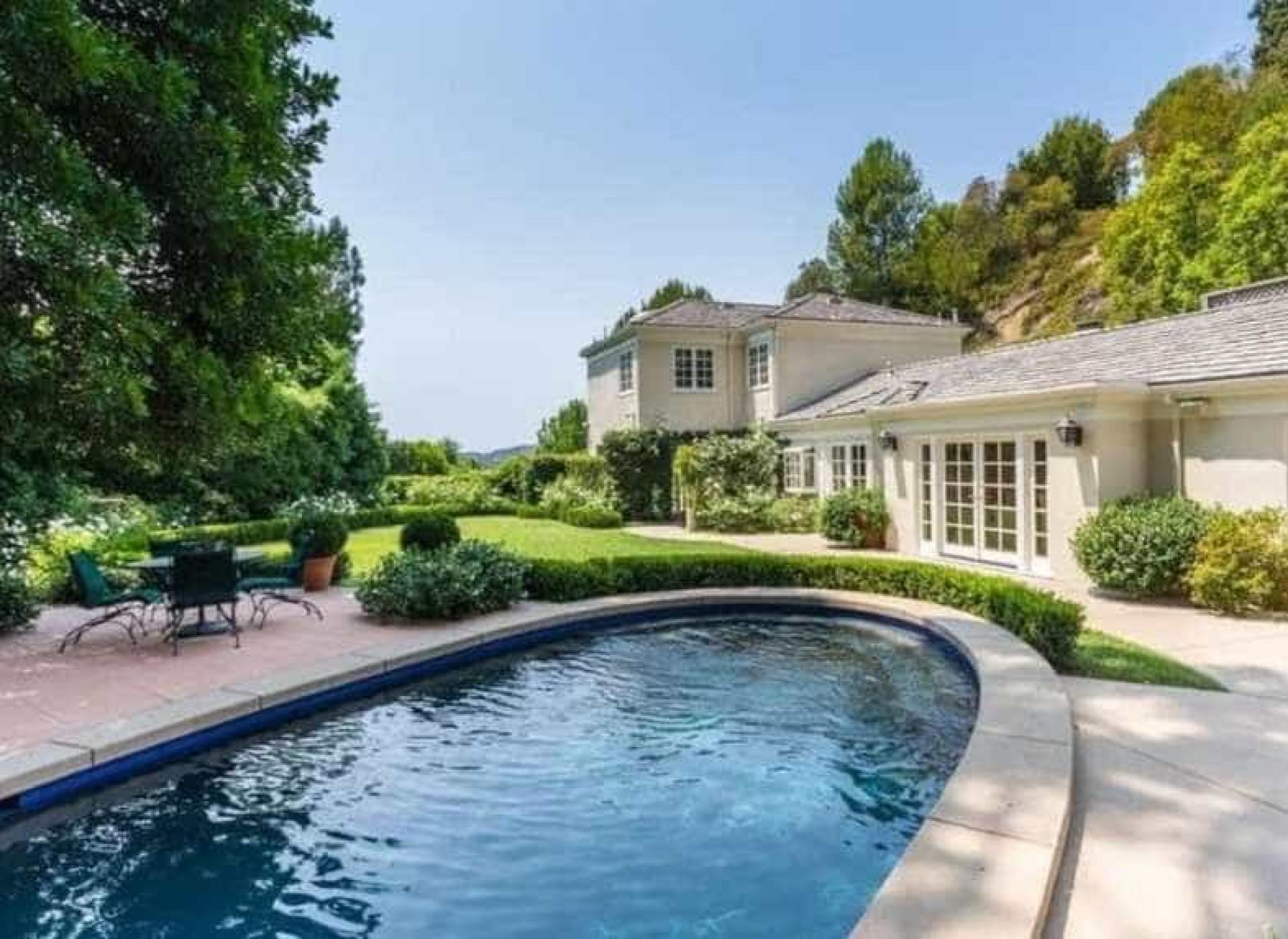 Katy Perry compra casa de R$ 27 milhões para receber visitas; fotos