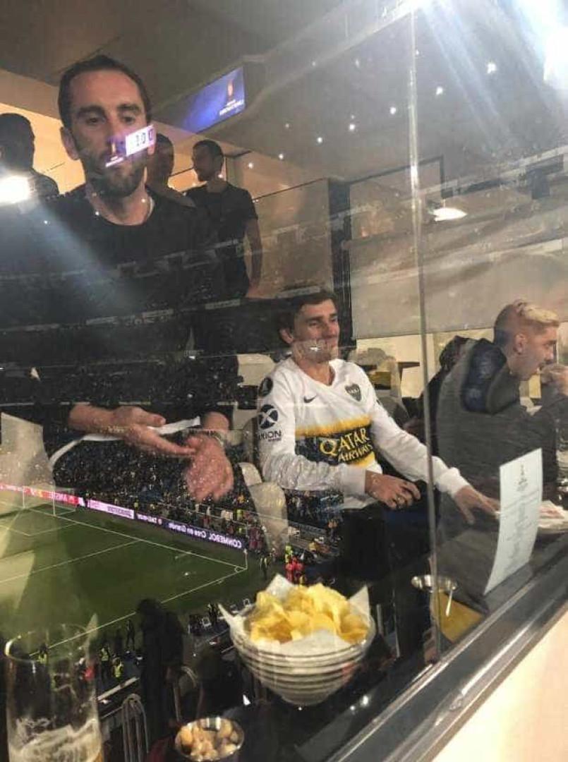 Final da Libertadores tem Messi e outros craques na arquibancada