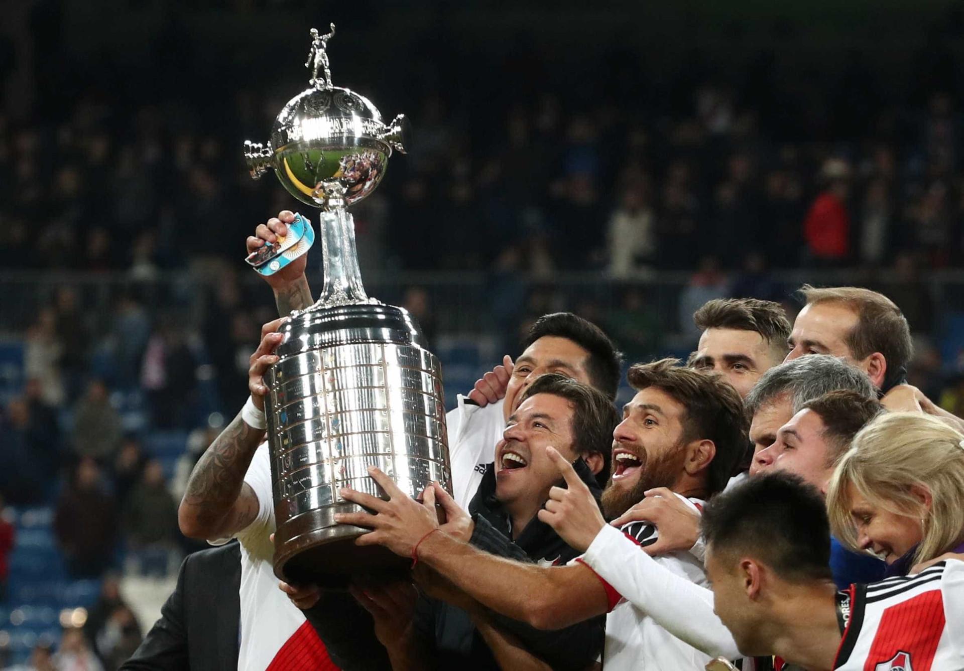 Veja as imagens da final da Libertadores e do título do River em Madri