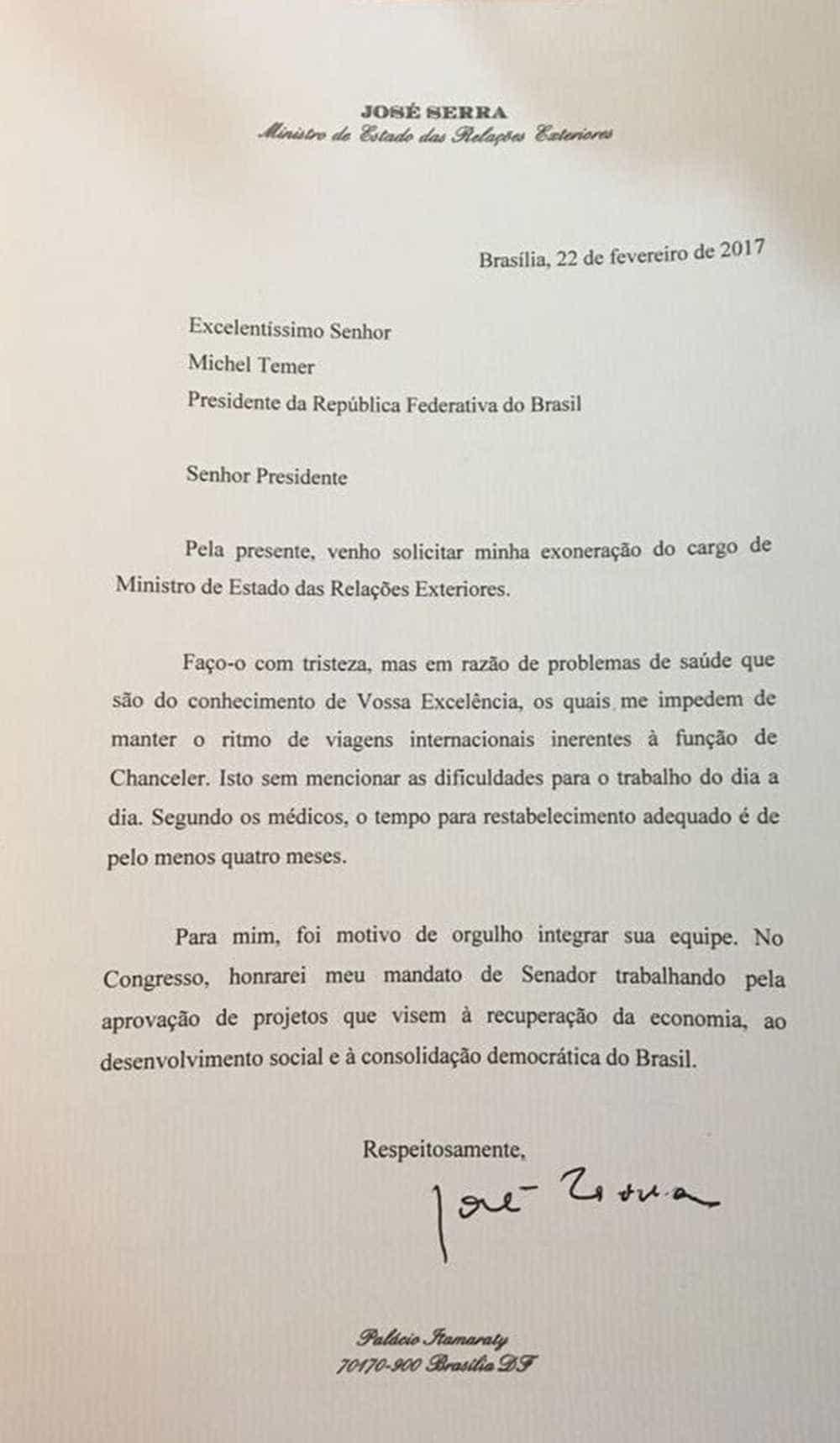 Ministro José Serra pede demissão do cargo