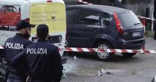 Bombas artesanais explodem junto a estação de correios em Roma