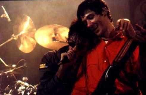 Morre o guitarrista Karl Franz Hummel, do Camisa de Vênus