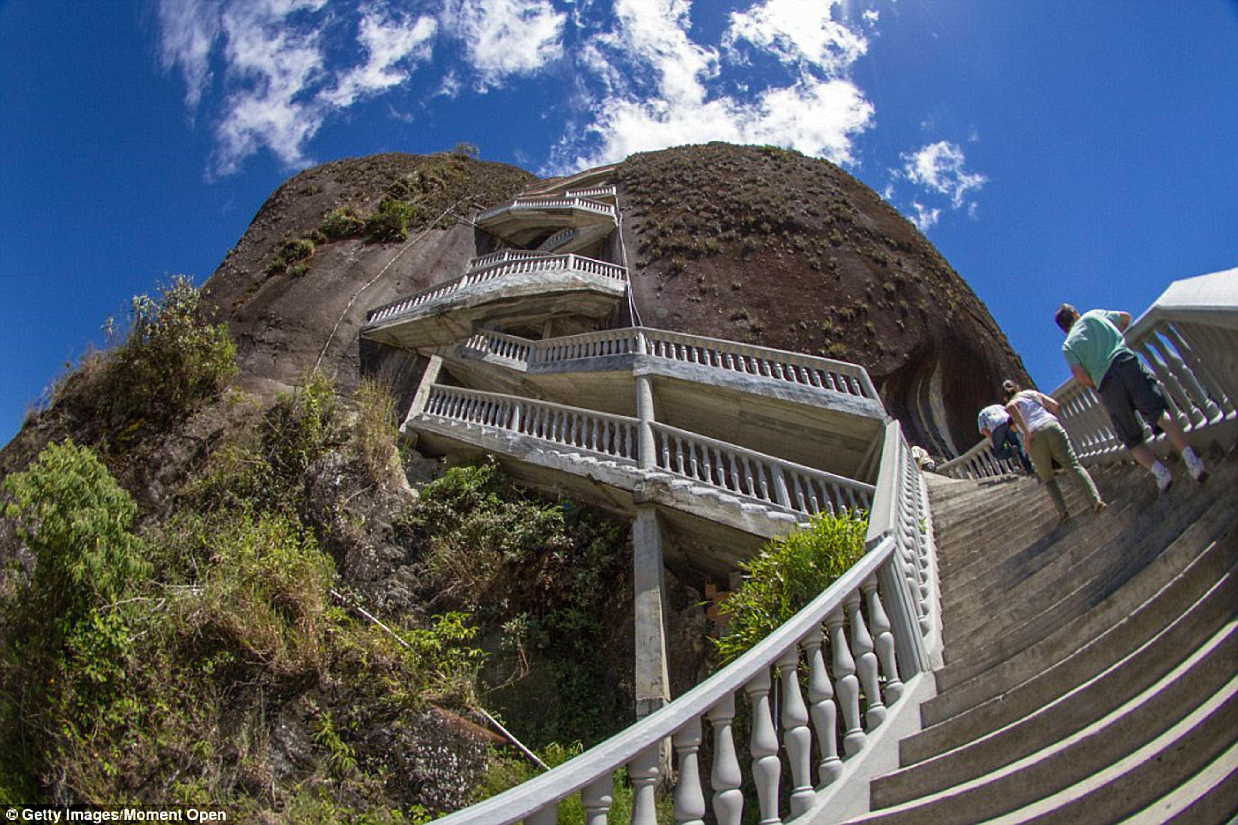 Arquiteturas surreais: as escadarias impressionantes do mundo